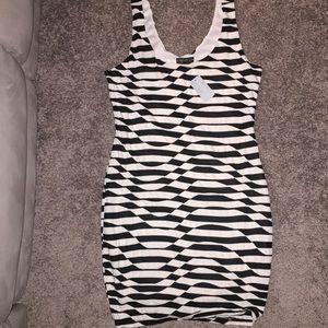 Pretty black/white dress